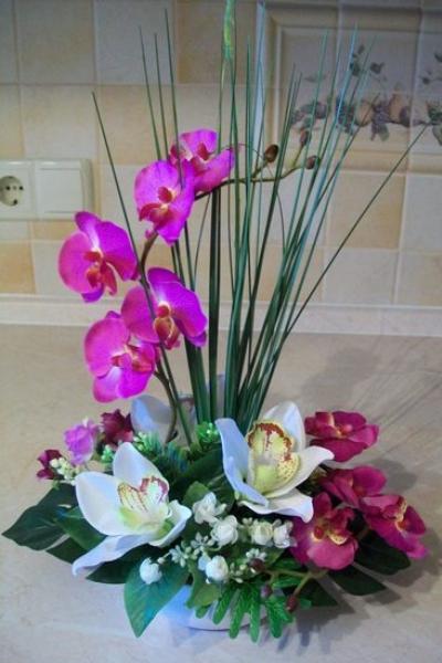 Фото поделки из искусственных цветов